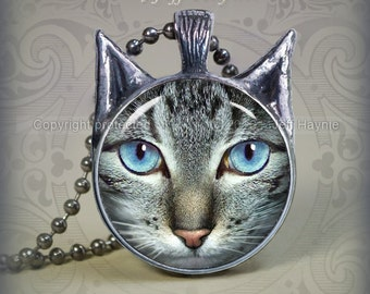 TBKG5 Grey Tabby Cat pendant