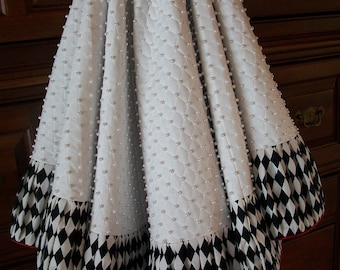 """72"""" White Quilted with Black and White and Black 72"""" Tartan Plaid Satin Reversible Christmas Tree Skirt  2018 Collection"""