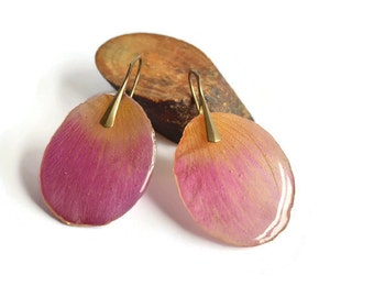 Real pink flower petal earrings  resin jewelry  real flower dangle earrings