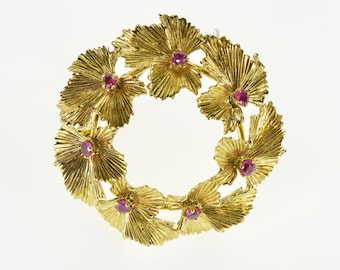 10K Ruby Inset 3D Textured Leaf Wreath Pin/Brooch Yellow Gold