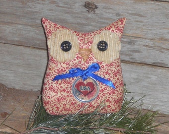1 Grungy Primitive Americana Patriotic Whimsical Rustic Red White Blue USA Floral Print Hoot Owl Doll Ornie Ornament Tuck Shelf Sitter