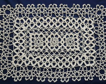 Beige vintage rectangle handmade doily 34 cm x 24 cm / 13.4 inch x 9.5 inch