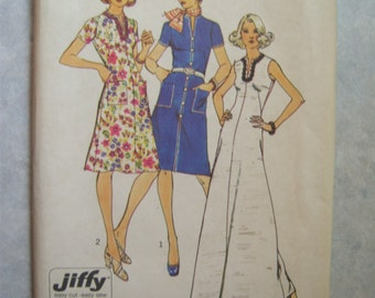 UNCUT 1970s Women's Dress Pattern - Simplicity 6339 - 32 Bust