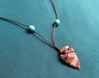 Memory - necklace magnesite and tip of arrow in Jasper