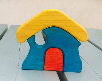 Basic house stacker. Wooden toy.