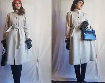 Petite Fashions by Par Westfield Made in Canada Grey Wool Vintage Coat with belt size small