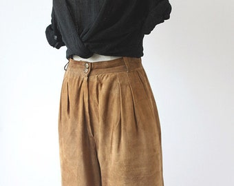 80s High Waisted Leather Vintage Bermuda Pants / Leather Bermuda Shorts / Suede Bermuda