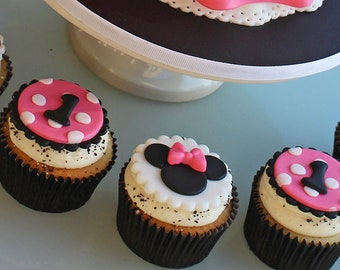 12 Minnie Mouse Fondant Cupcake Toppers