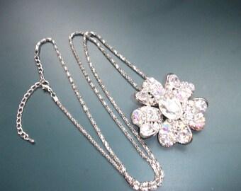 Stunning Vintage Clear & AB Aurora Borealis Crystal Glass Flower Pendant Necklace