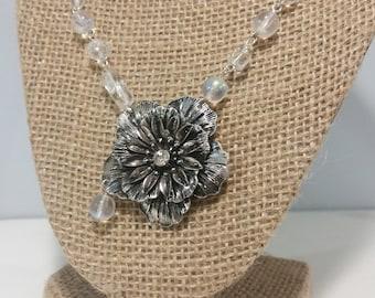 Dewdrop Flower Necklace