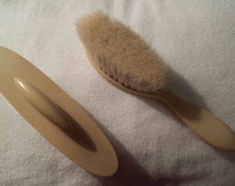 Vintage French Ivory celluloid nail buff in case & soft brush 1920s