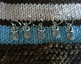 Knitting Stitch Markers - Silver Pineapples