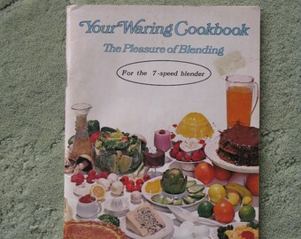 FREE SHIPPING...1970 Waring Blender instruction and cook book, 7-speed, good condition