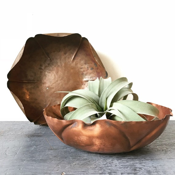 vintage copper planter - shallow metal dish - copper flower bowl - boho rustic garden - French farmhouse