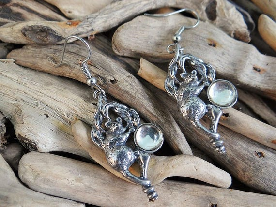 Gorgeous Possum in Tree Pewter Earrings Shiny Clear Silver Magic Glass Dome Cabochon Australia Australian Animal Opossum