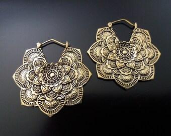 Brass Earrings, Mandala Earring, Mandala Flower Earrings, Brass Tribal Earrings, Tribal Earrings , Earrings, belly dance earrings