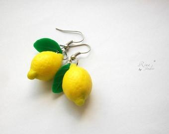 Lemon Earrings, Fresh Fruit Jewelry, Yellow & Green Juicy Citrus Jewellery, Summer Drop Earrings, Polymer Clay Lemon, Bright Yellow Earrings