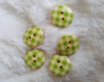 Wood varnish, gingham, 15mm buttons