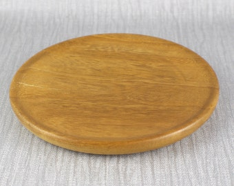 Vintage Hand Turned Wooden Shallow Bowl from White Lauan Lightly Polished Finish