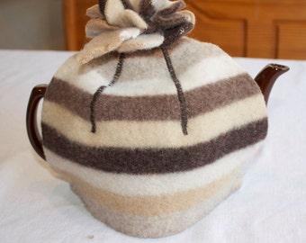 Tea Cozy, felted Brown & Cream wool