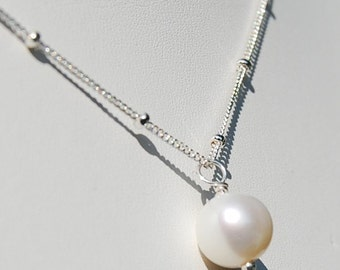 Once Upon a Pearl, Classic 8mm Solitaire Pearl Necklace on Sterling Silver Satellite Chain
