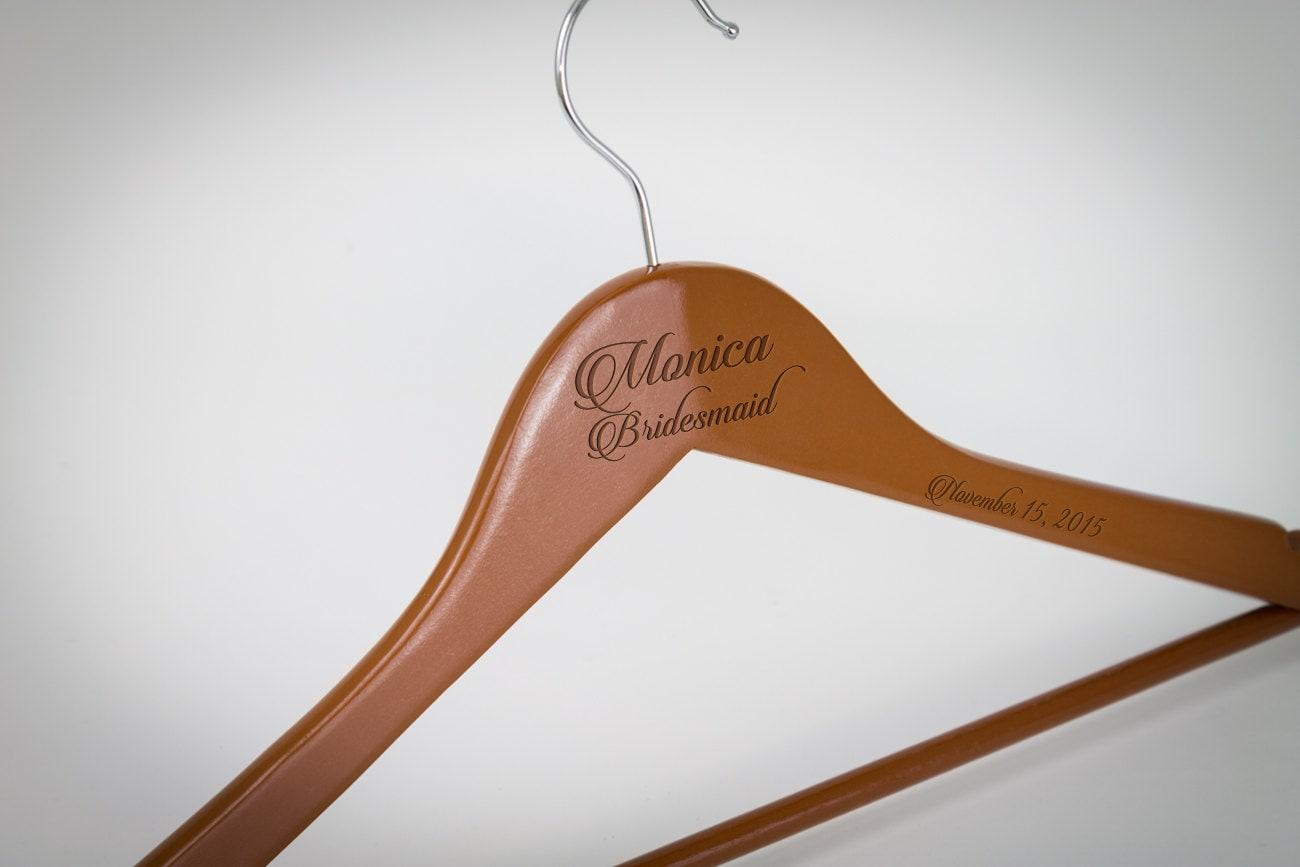 Personalisierte Hochzeit Kleiderbügel graviert Brautjungfer