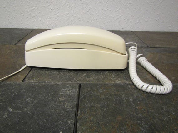 AT U0026 T Phone Push Button Phone Off White Phone Desk Or Wall