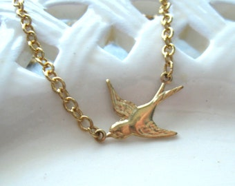 Gold Bird Necklace, Bird Necklace, dainty necklace, petite bird, woodland, botanical
