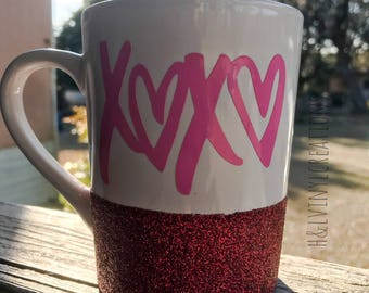 XOXO glitter coffee mug | coffee mug | mug decal | mug sayings| Coffee mug| Coffee mugs| Personalized coffee| Glittered coffee mug| Mugs