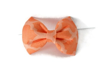 Peach quatrefoil dog bow tie, 2 tone orange quatrefoil bowtie, sorbet pet flower or bow, light orange quatrefoil collar flower, cat bowtie
