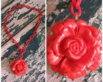 Retro Red Plastic Chain Link Rose Necklace// Choker..