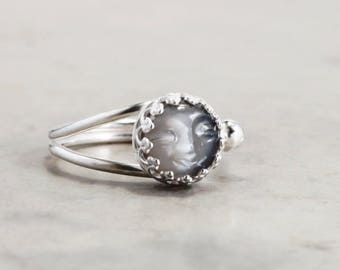 Dark Moonstone ring, Sterling Silver, Moon Face, adjustable, Celestial jewelry