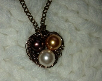Russet/Rose/Gold Pearl. Beaded. Bird Nest. Necklace.