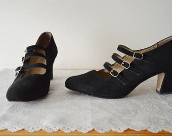 Mary Jane's Last Dance shoes ~ Vintage 90's Black suede Mary Jane heels 7.5