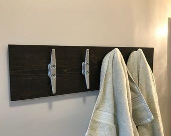 Towel Rack with Boat Cleats, Bathroom cleat hooks Nautical coat rack, Wood coat rack naval cleats, Wood coat rack with nautical cleats