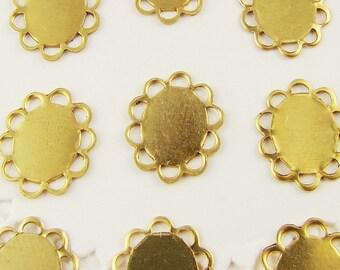 Oval 10x8mm Raw Brass Flat Lace Edge Settings Scalloped - 12