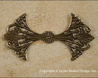 Victorian Filigree Stamping in Antiqued Polished Brass (item 604 AG) - 6 Pieces