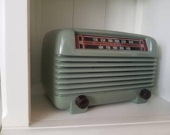 Vintage 1946 Philco Bluetooth Speaker