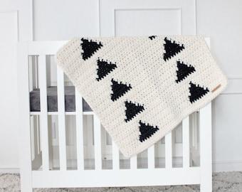 Cream and Black Triangle Blankie, Lil' Fox Shoppe, Modern Baby Blanket, Thick Blanket, Baby Blanket, Modern Blanket, Crocheted Blanket