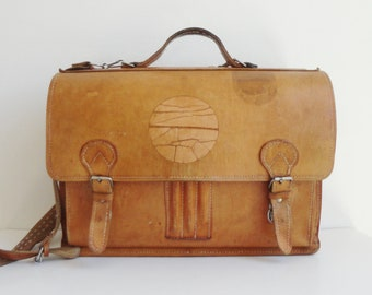 70s Satchel Tan Leather Bag // Crossbody - Messenger - School Bag // Made In Denmark