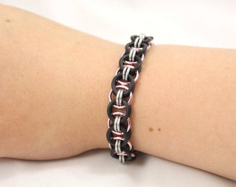More Colours - Stretchy Helm Chain Chainmaille Bracelet (with Black Rubber)
