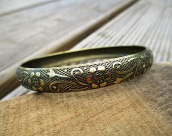 VINTAGE Smalle gebloemde messing vintage bangle armband