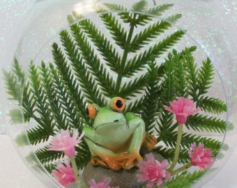 Frog ornament planters terrariums or table top decoration