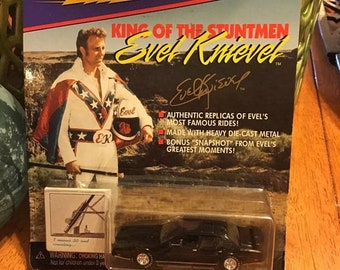Johnny Lightning Evil Knievel