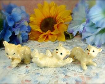 Polar Bear Figurines / Little Bear Figurines / Vintage Polar Bear Figurines Set of Three / Vintage Bear Figurines / White Bear Figurines
