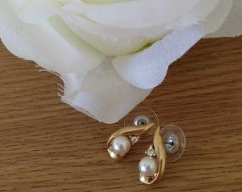 Vintage Gold Tone & Faux Pearl Earrings