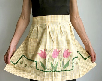 Vintage Yellow and White Gingham Half Apron/Cross Stitch Apron/Hand Embroidered Floral Cotton Apron/Checkered Farmhouse Apron/1950's Kitchen