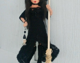 Kitchen Witch, Witch Art Doll, Witch doll, Needle Felted Witch Doll, Housewarming gift, kitchen decor, shower gift, fiber art, witch decor