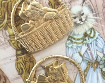 Basket with Kitten Cat Charm