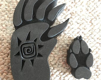 Grizzly Bear Paw Print and Fox Print